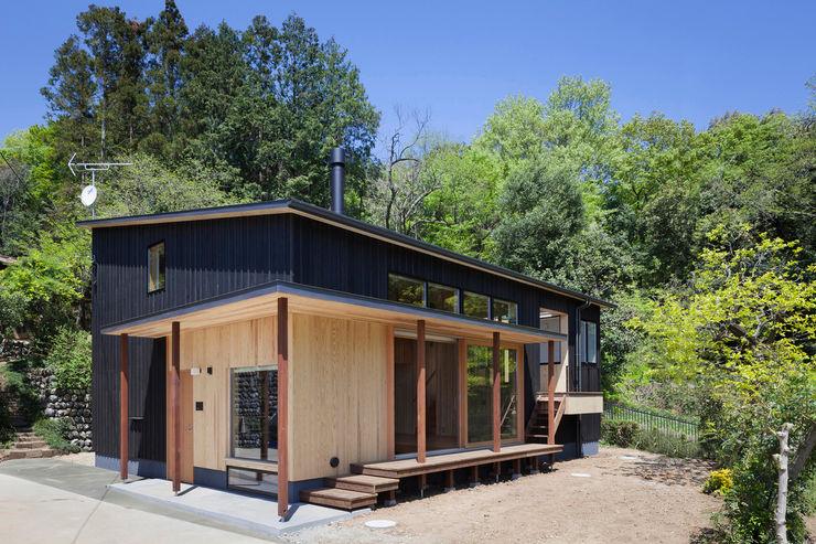 HAN環境・建築設計事務所 Casas estilo moderno: ideas, arquitectura e imágenes Madera Negro