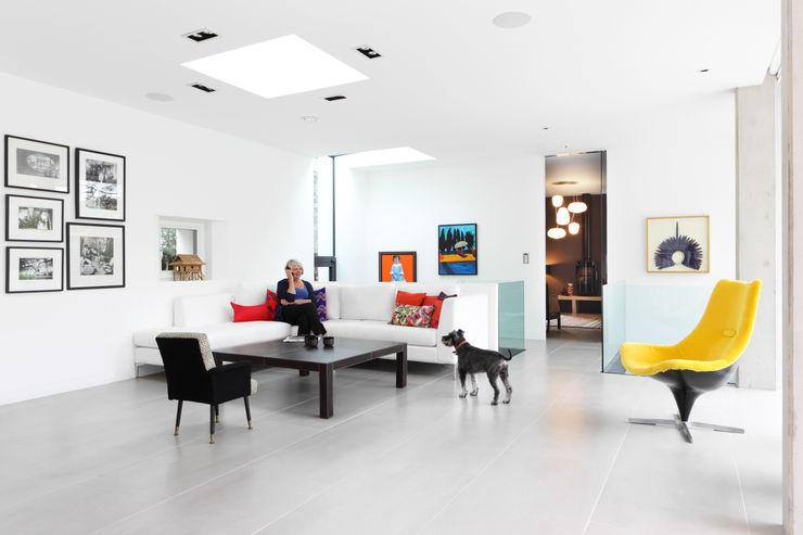 E2 PAVILION ECO HOUSE, BLACKHEATH E2 Architecture + Interiors 现代客厅設計點子、靈感 & 圖片