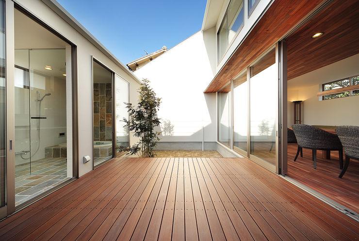 一級建築士事務所haus Jardines de estilo asiático
