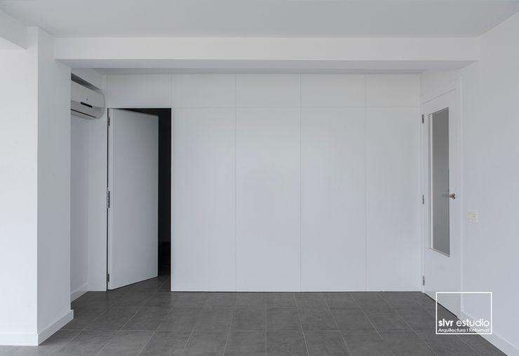 slvr estudio Minimalist living room