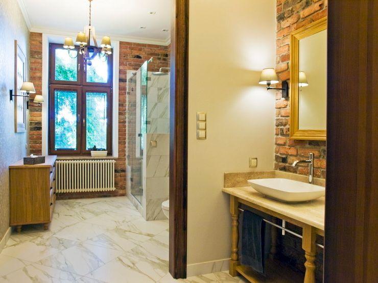 PROJEKT MB Classic style bathrooms