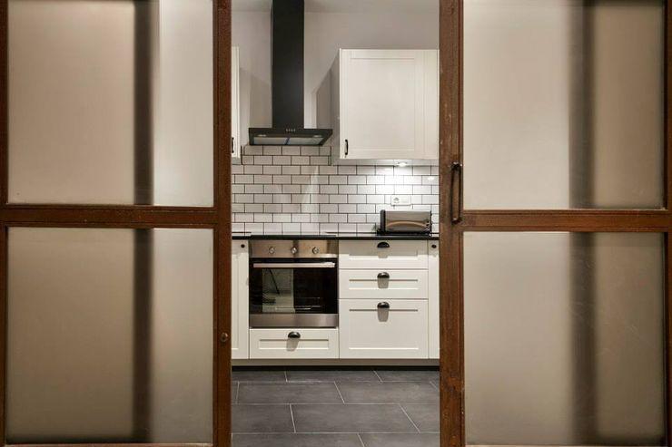 Cocina Time2dsign Cocinas de estilo moderno