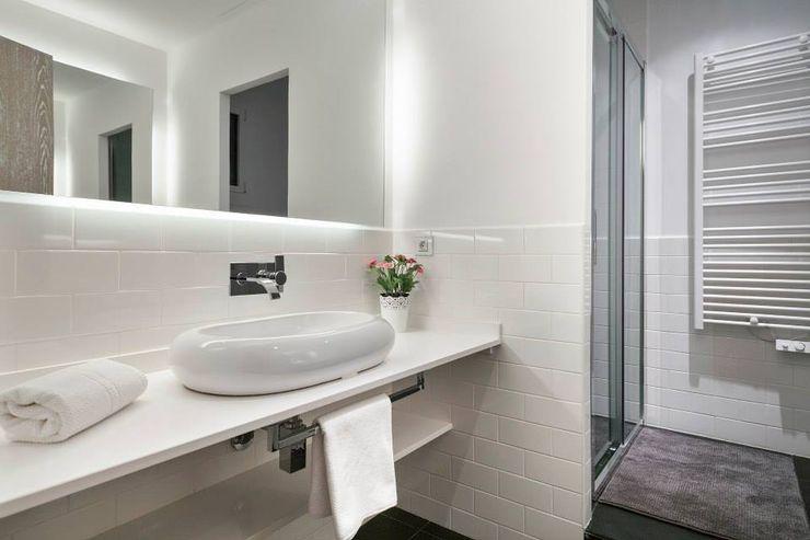 Baño 2 Time2dsign Baños de estilo moderno
