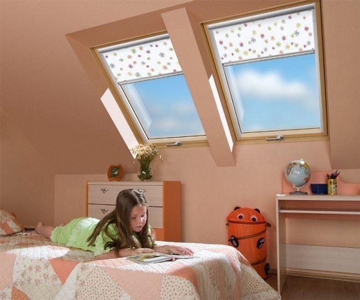 Fakro Pivot Çatı Pencereleri Janelas e portasDecoração de janela