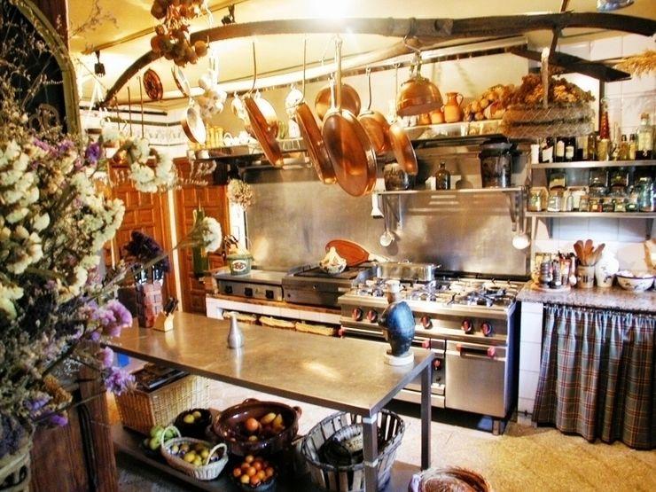Antiguo Molino completamente reformado Karma Properties CocinaUtensilios de cocina