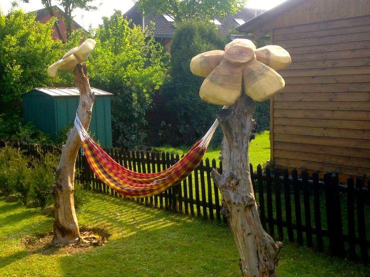 Riesenblumen mit Hängematte Holzwerkerin Eving GartenAccessoires und Dekoration