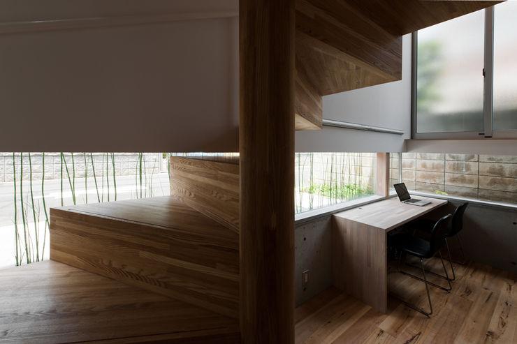 藤田大海建築設計事務所 Scandinavian style corridor, hallway& stairs