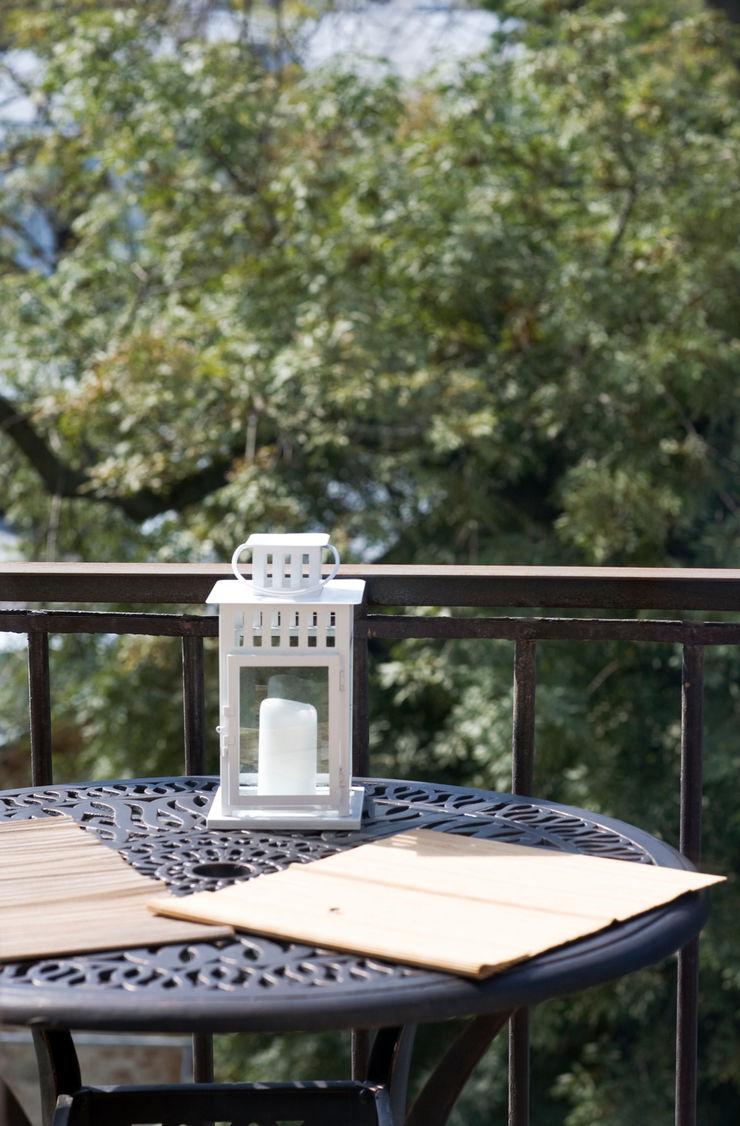 Дизайн-студия интерьера 'ART-B.O.s' Balconies, verandas & terraces Accessories & decoration