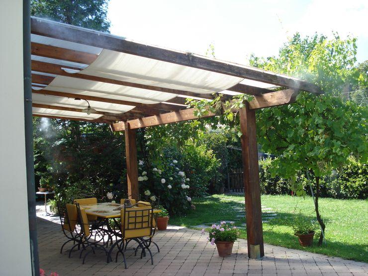 Freezanz System srl Rustic style garden