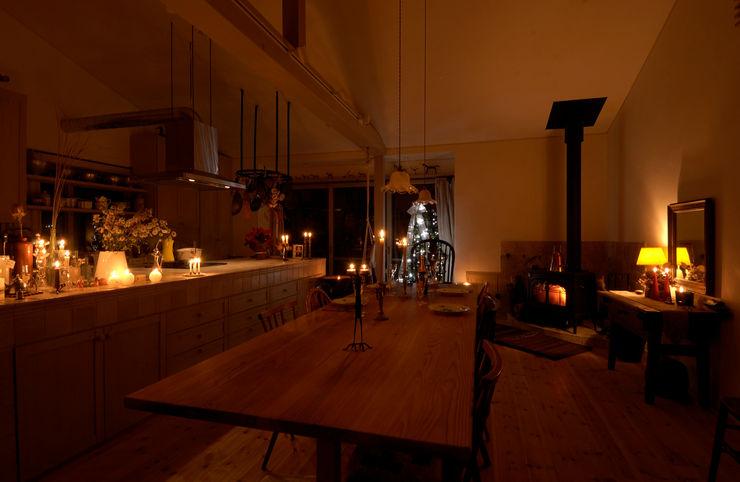 Cedar House stage Y's 一級建築士事務所 リビングルーム暖炉&アクセサリー
