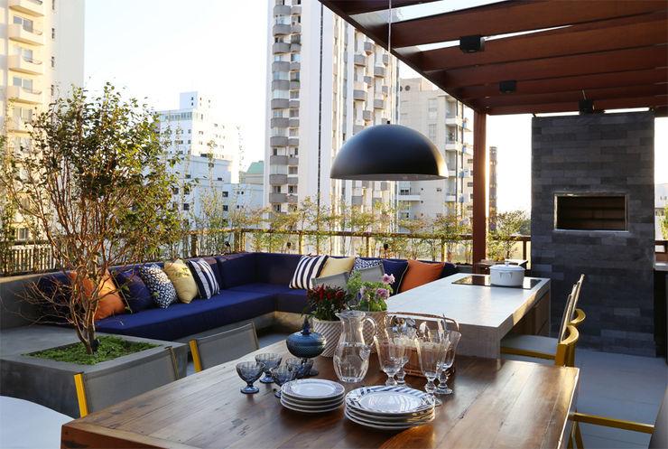MANDRIL ARQUITETURA E INTERIORES Balcones y terrazas modernos