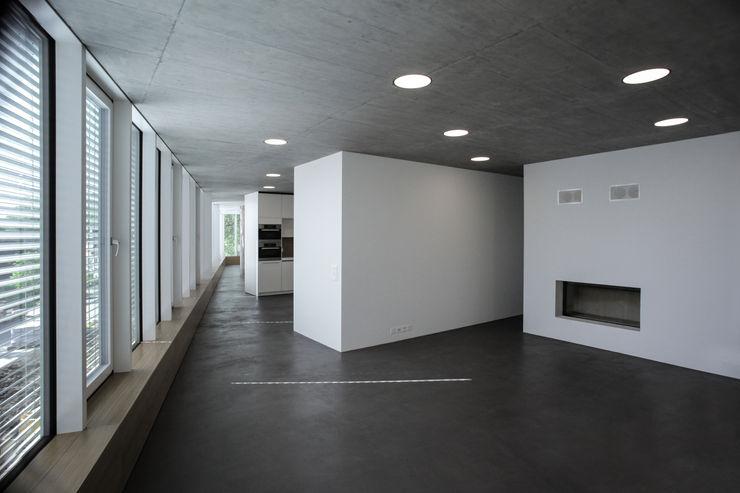 mpp architekten ag 现代客厅設計點子、靈感 & 圖片