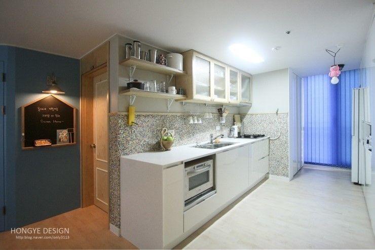홍예디자인 Modern dining room