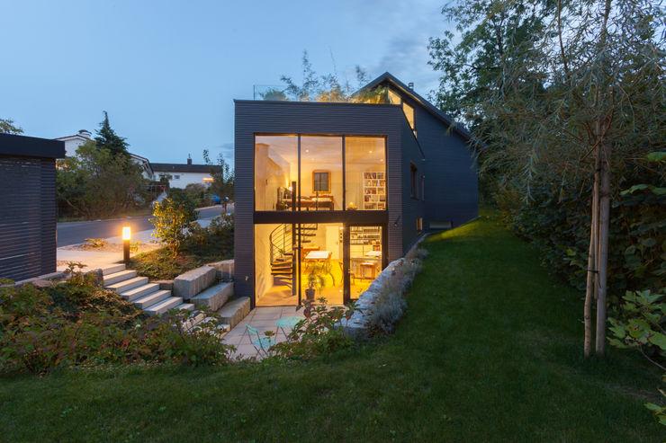 Eingang Atelier von Mann Architektur GmbH Moderne Häuser