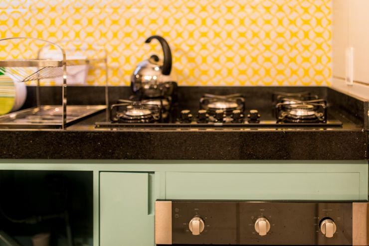 Bloom Arquitetura e Design КухняСтільниці