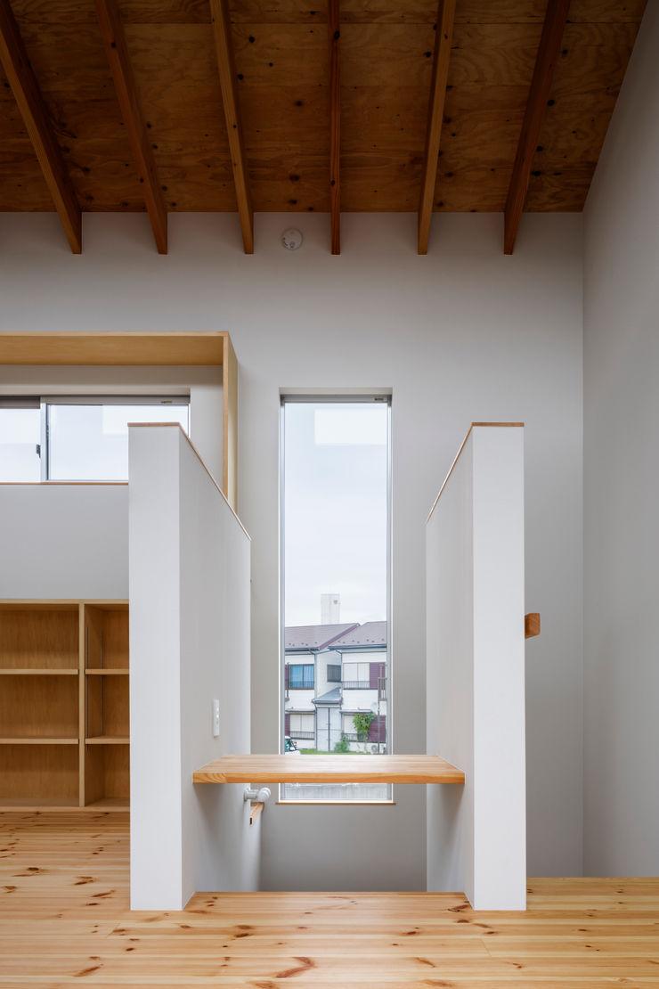 萩原健治建築研究所 Minimalist study/office
