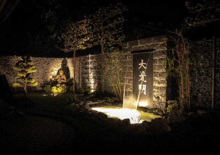 Asianstyle design garden -GardScape- private gardens by Christoph Harreiß Jardines de estilo asiático