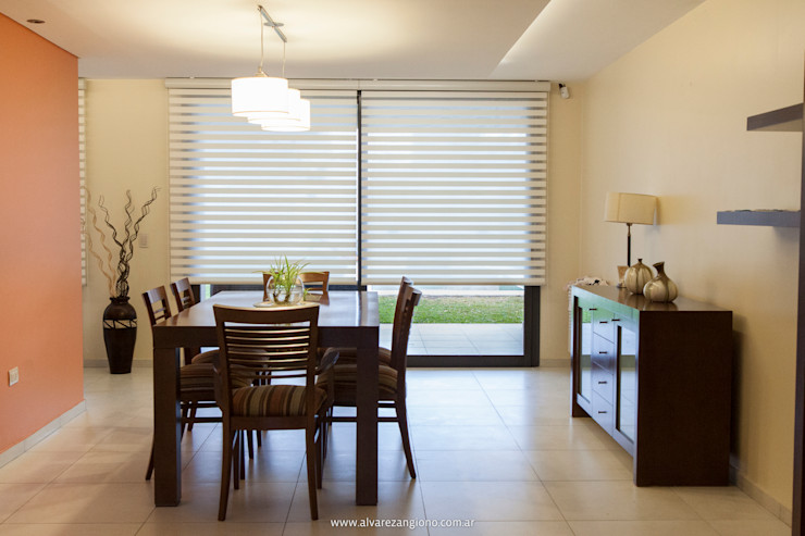 Estudio Alvarez Angiono Dining roomAccessories & decoration
