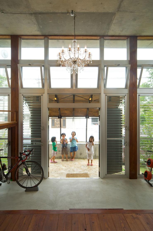 Atelier Nero Балкон и терраса в азиатском стиле