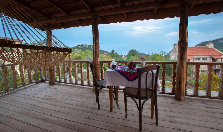 Balayı Evi Hoyran Wedre Country Houses Akdeniz Balkon, Veranda & Teras