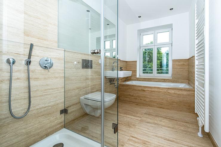 Sanierung Mehrfamilienhaus Düsseldorf/Derendorf Maria Stahl Architekten Moderne Badezimmer