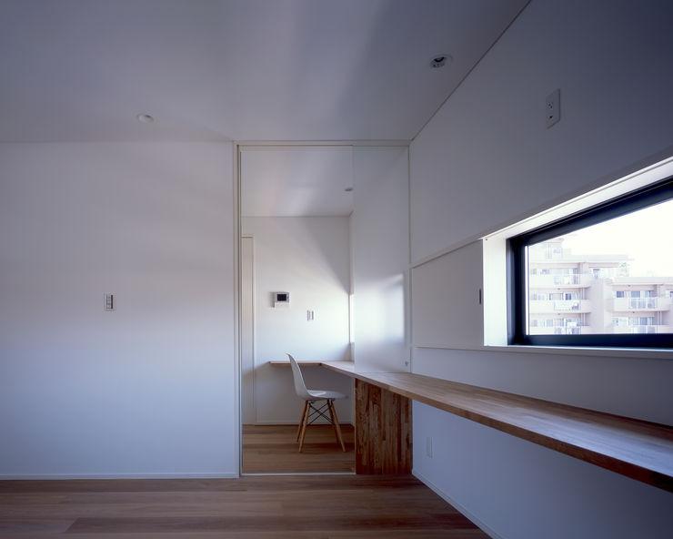 新宮苑の家 House In shinguen 飯塚建築工房 オリジナルスタイルの 寝室