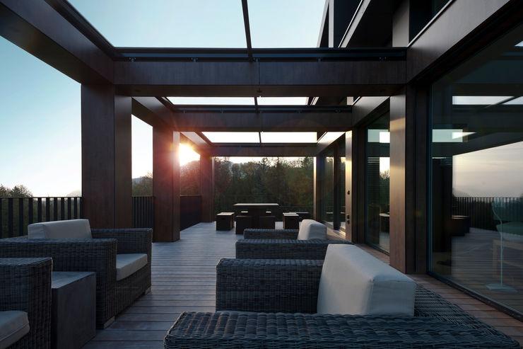 SimmenGroup Holding AG Balcones y terrazas modernos