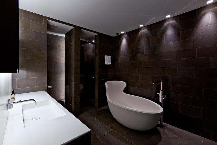 SimmenGroup Holding AG Baños de estilo moderno