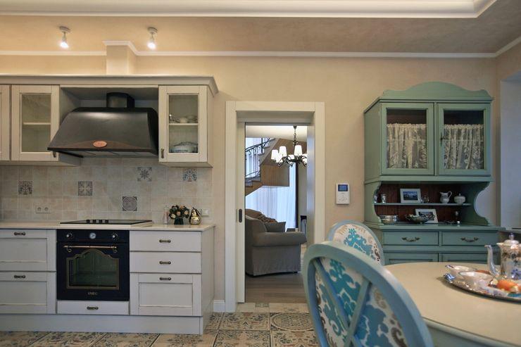 Дизайн-студия интерьера 'ART-B.O.s' Classic style dining room