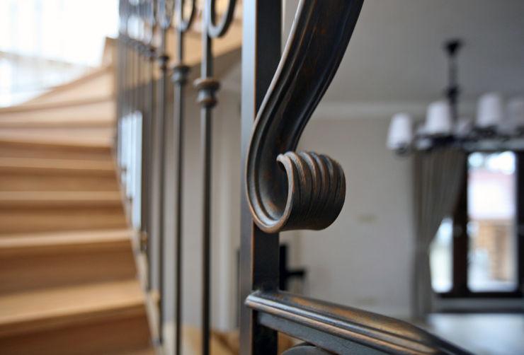 Дизайн-студия интерьера 'ART-B.O.s' Corridor, hallway & stairsStairs