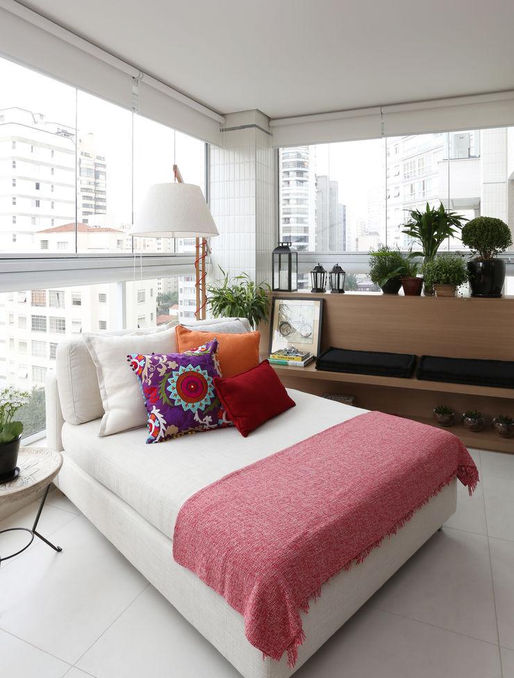 Duda Senna Arquitetura e Decoração Patios & Decks