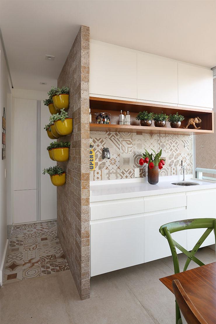 Duda Senna Arquitetura e Decoração Balconies, verandas & terraces Accessories & decoration