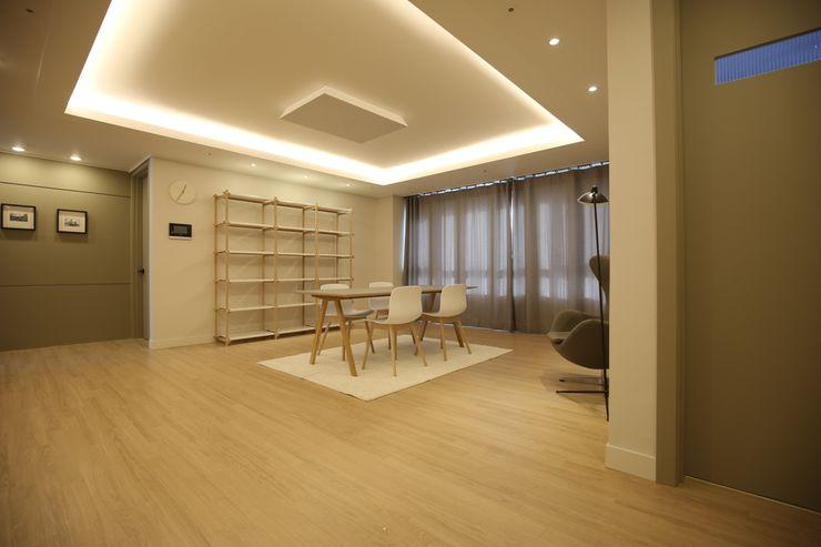 심플한 라이프 스타일의 아파트 1204디자인 모던스타일 거실