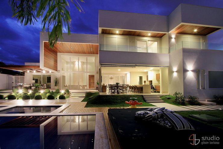 Studio Gilson Barbosa Casas modernas: Ideas, diseños y decoración