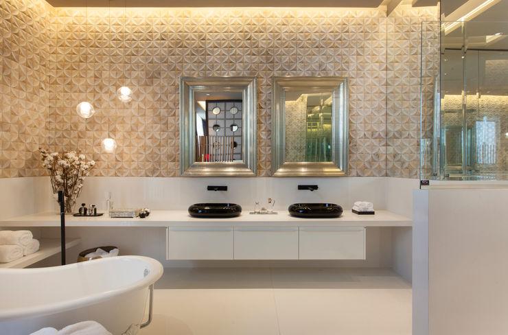 Denise Barretto Arquitetura Modern bathroom