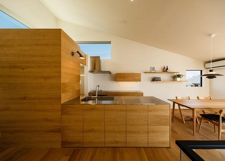 wrap 一級建築士事務所haus 北欧デザインの キッチン