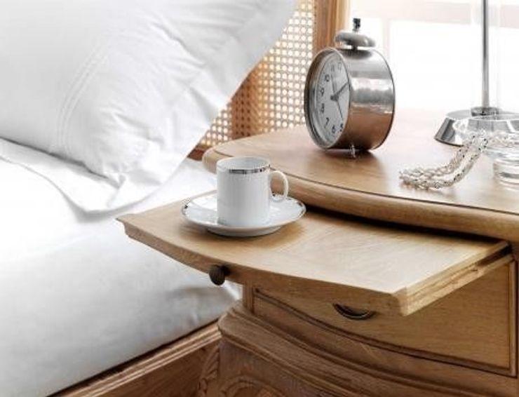 Furniture CROWN FRENCH FURNITURE DormitoriosMesitas de luz