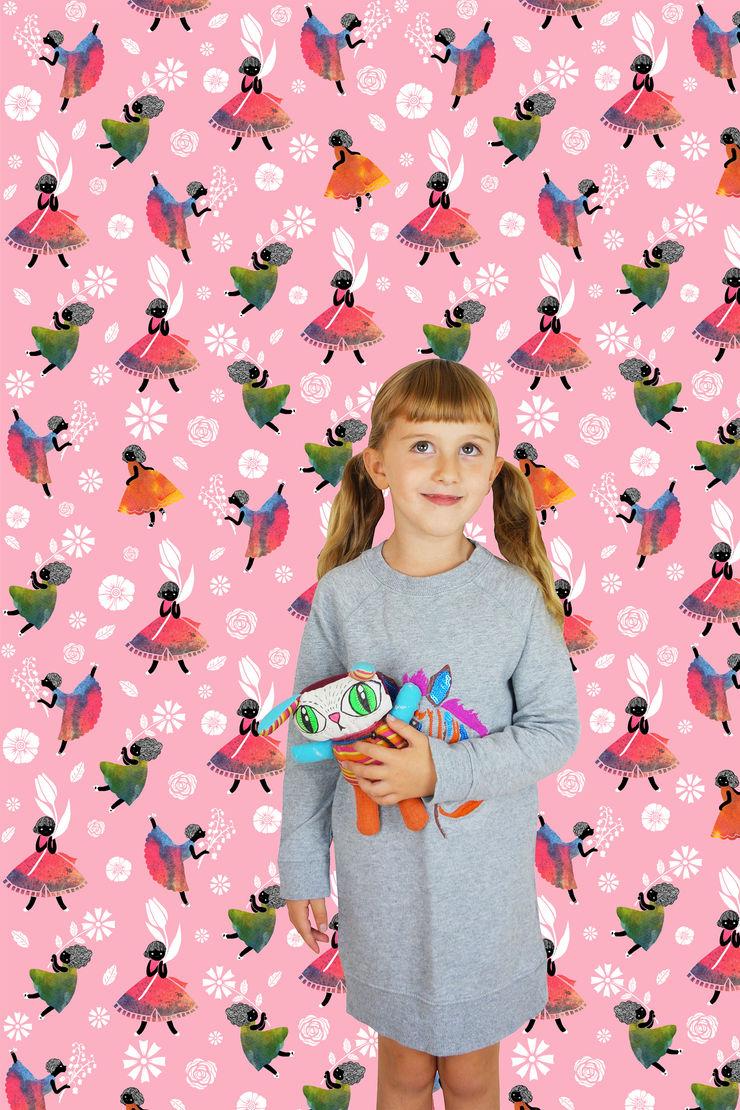 Flower Girls - Wallpaper - Pink Sas and Yosh Walls & flooringWallpaper