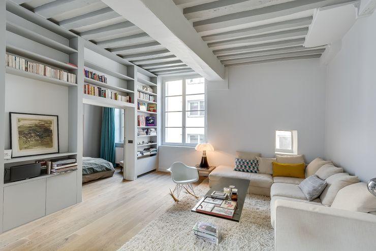 Meero Living room