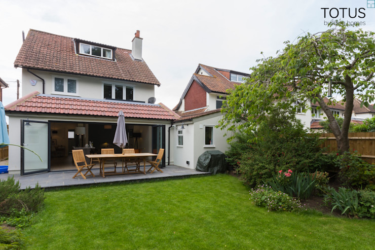 New life for a 1920s home - extension and full renovation, Thames Ditton, Surrey TOTUS Klassische Häuser