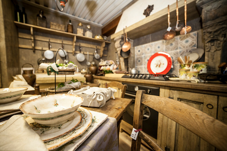 Porte del Passato KitchenCutlery, crockery & glassware