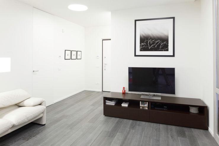 Appartamento a Bollate bdastudio Soggiorno minimalista