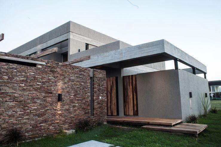 FAARQ - Facundo Arana Arquitecto & asoc. Modern Houses