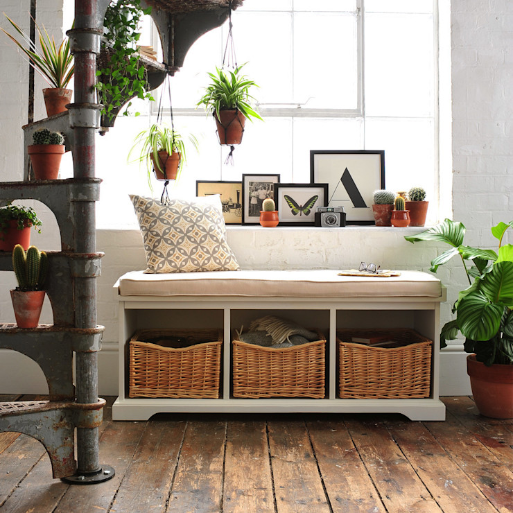 Tetbury Hall Bench with Cushion The Cotswold Company سلالم وأروقة مخزن