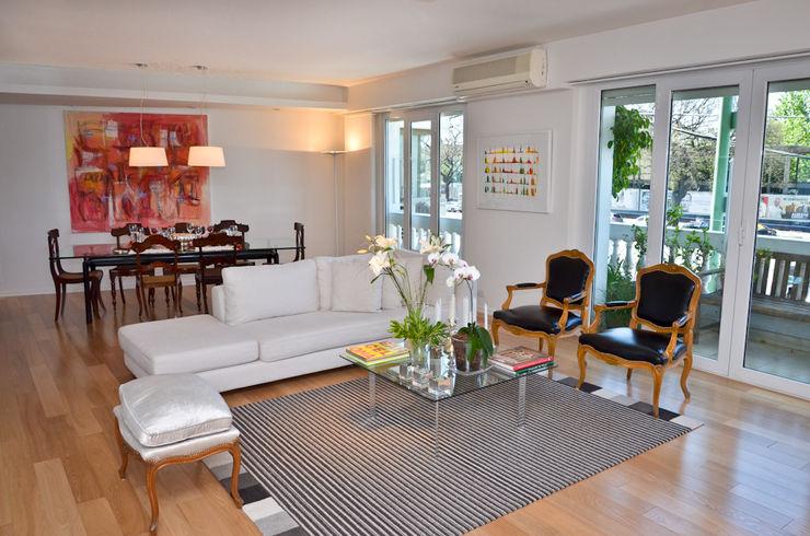 Piso en Palermo 1 & Casa en Libertador GUTMAN+LEHRER ARQUITECTAS Moderne Wohnzimmer