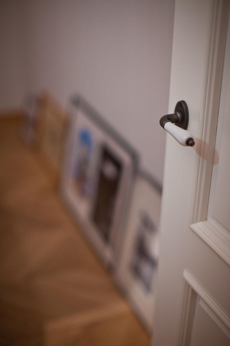 Дизайн-студия интерьера 'ART-B.O.s' BedroomAccessories & decoration