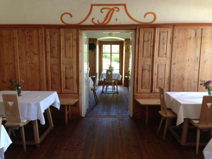 Home Staging Gabriela Überla ЇдальняСтільці та лавки