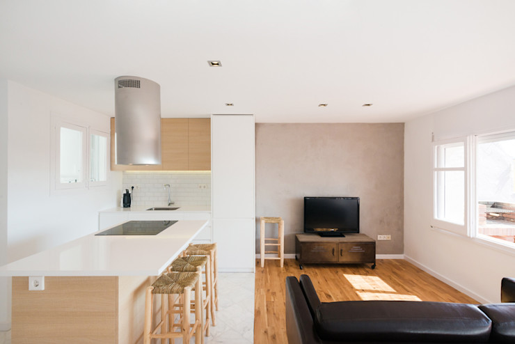 cocina + sala estar LF24 Arquitectura Interiorismo Cocinas de estilo moderno Blanco