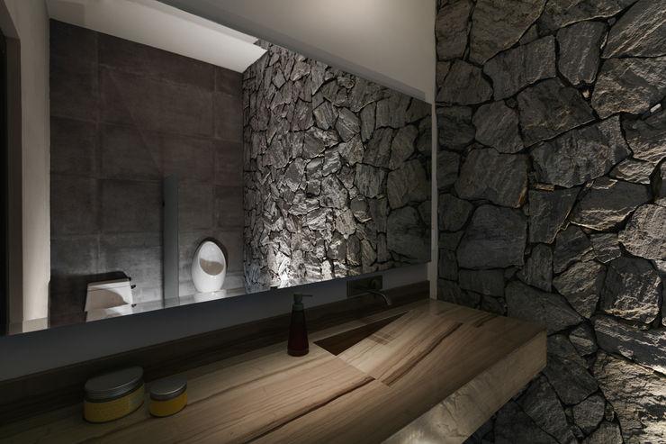 Baño Exterior Juan Luis Fernández Arquitecto Baños de estilo moderno