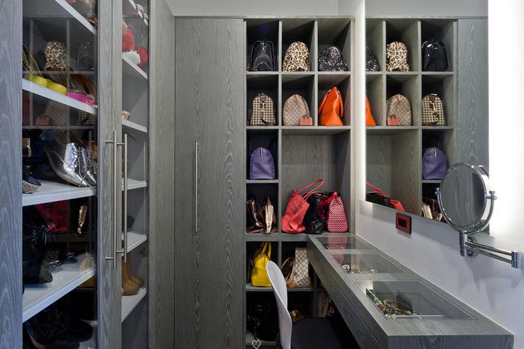 HO arquitectura de interiores 更衣室